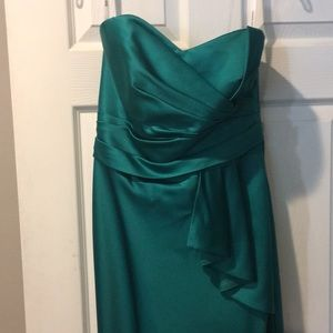 Turquoise strapless formal dress